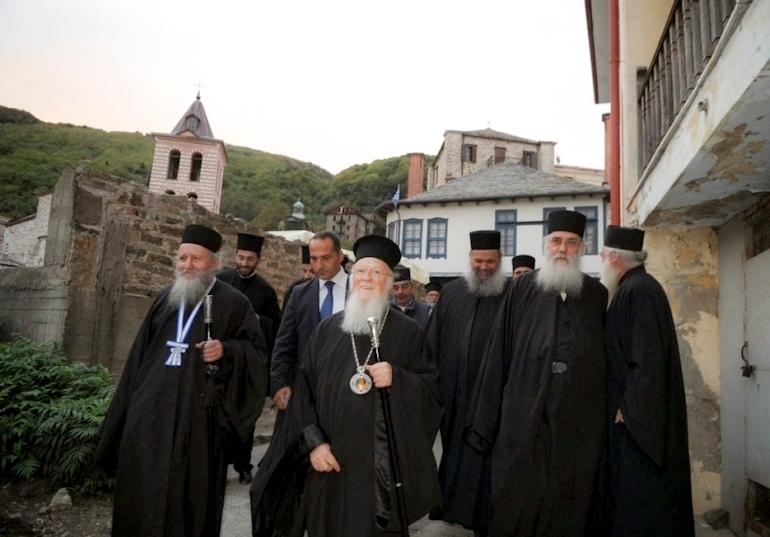 Η Συνοδεία του Οικουμενικού μας Πατριάρχου του Γένους και της Ρωμηοσύνης στο Άγιον Όρος