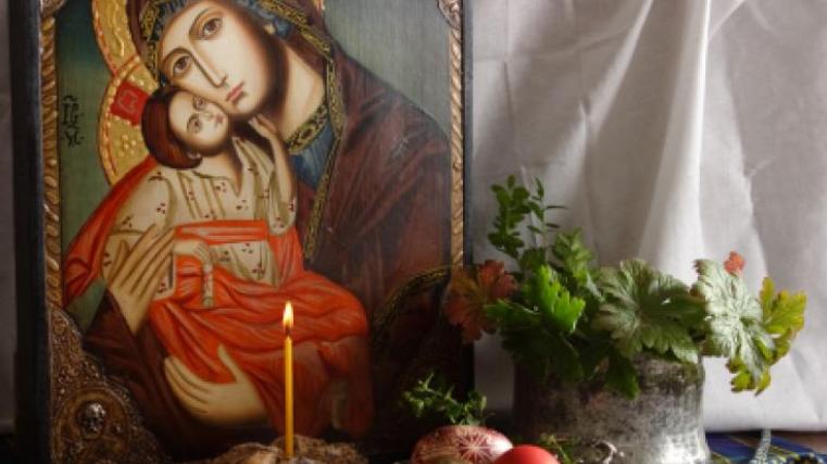 Πάσχα 2020: Εντώς των Ωρών οι Αποφάσεις της Κυβέρνησης - Τα Σχέδια για τη Μεγάλη Εβδομάδα και την Ανάσταση του Κυρίου
