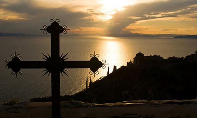 Από την Λιτανεία Ιεράς Εικόνος Παναγίας Άξιον Εστίν από το Άγιον Όρος (Α' & Β' VIDEO)