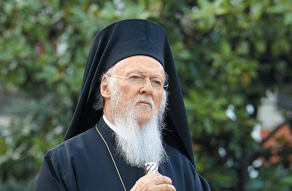 Επικοινωνία Μητσοτάκη και Τσιόδρα με Οικουμενικό Πατριάρχη Βαρθολομαίο