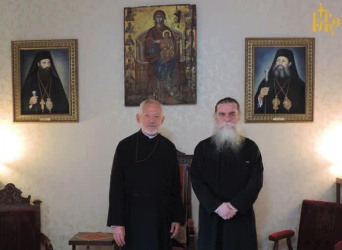 Ο Σεβασμιώτατος Αρχιεπίσκοπος Καναδά  κ.κ. Σωτήριος στην ιδιαιτέρα του Πατρίδα την Άρτα