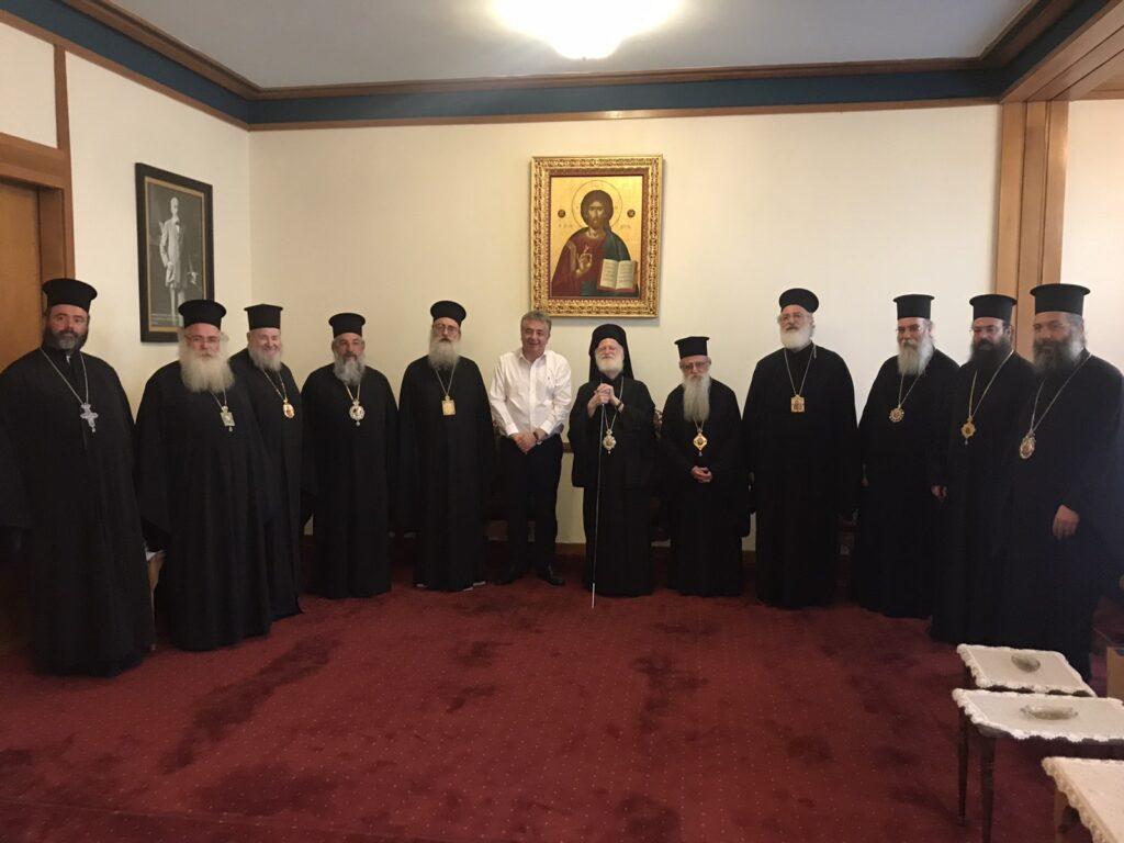 Η Ιερά Αρχιεπισκοπή Κρήτης ευχαριστεί το Σύλλογο Μαραθωνοδρόμων